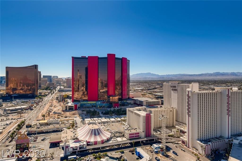 Photo of 2700 South LAS VEGAS Boulevard #3302, Las Vegas, NV 89109 (MLS # 2240874)