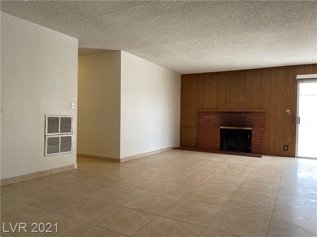 Photo of 1116 Saylor Way, Las Vegas, NV 89108 (MLS # 2343875)