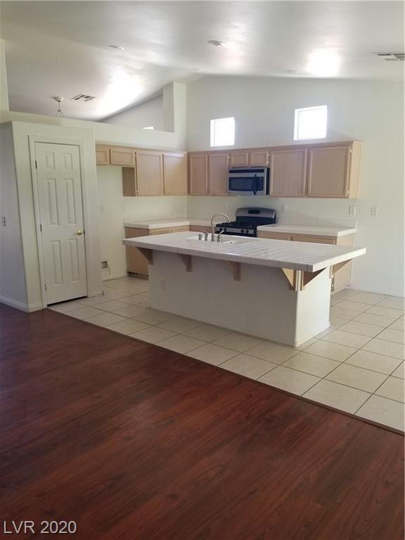 Photo of 6252 Desert Haven Road, Las Vegas, NV 89130 (MLS # 2212883)