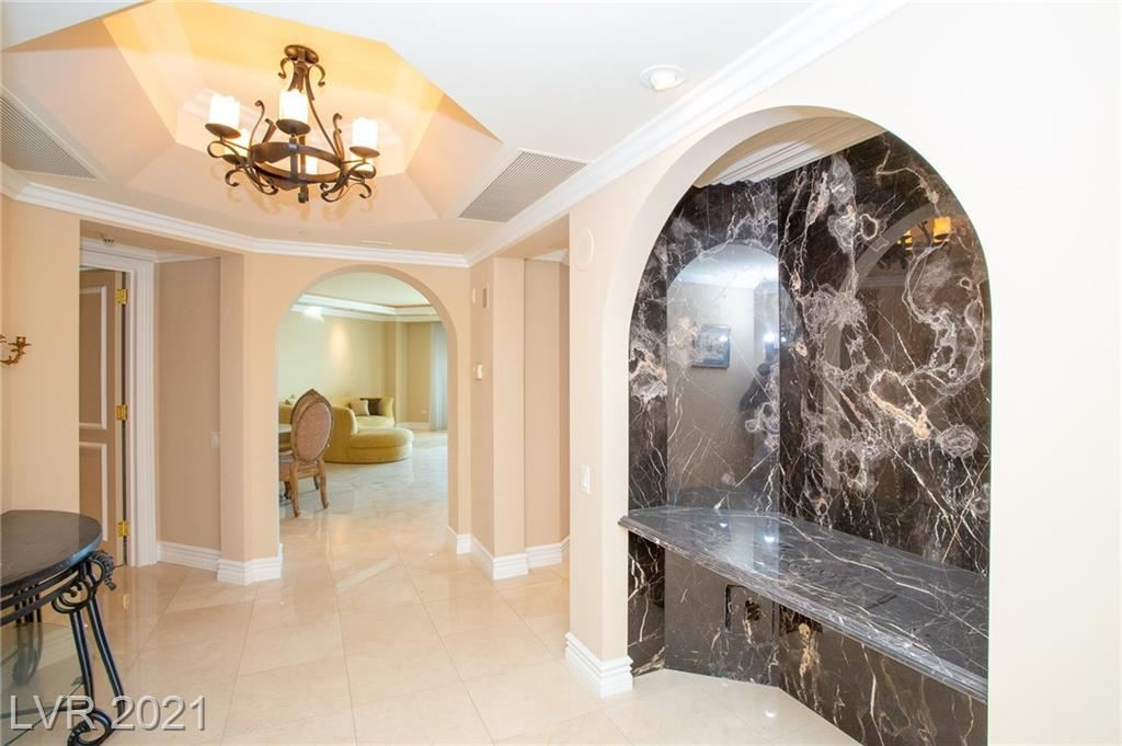 Photo of 2877 Paradise Road #2303, Las Vegas, NV 89109 (MLS # 2257890)