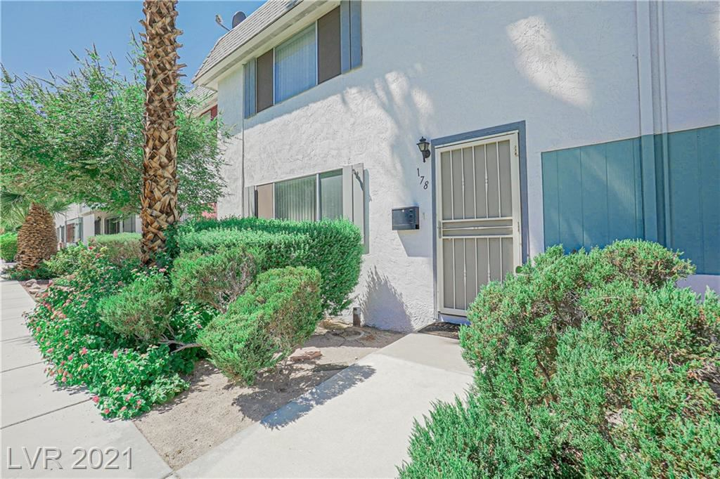 Photo of 178 Greenbriar Townhouse Way, Las Vegas, NV 89121 (MLS # 2332905)