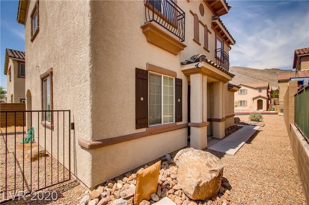 Photo of 4014 Sparrow Rock, Las Vegas, NV 89129 (MLS # 2204908)