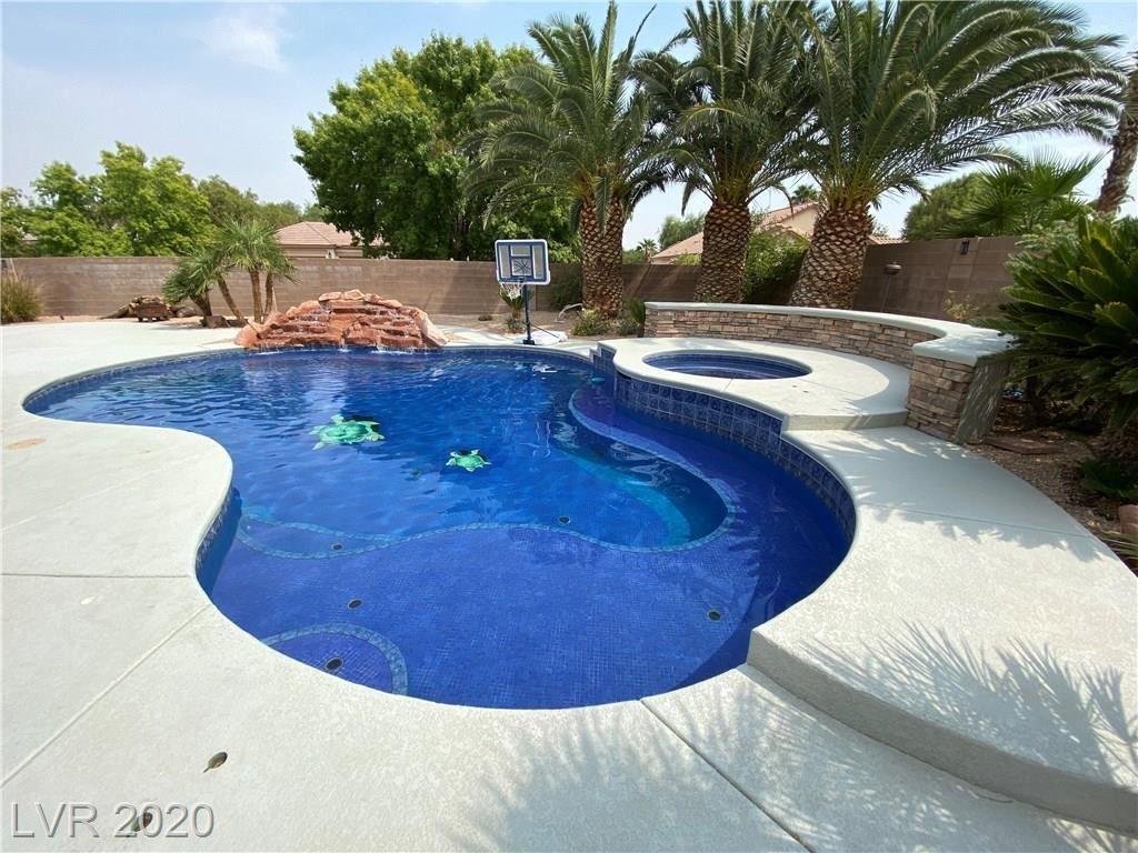 Photo of 7221 Sandy Plains Avenue, Las Vegas, NV 89131 (MLS # 2232916)
