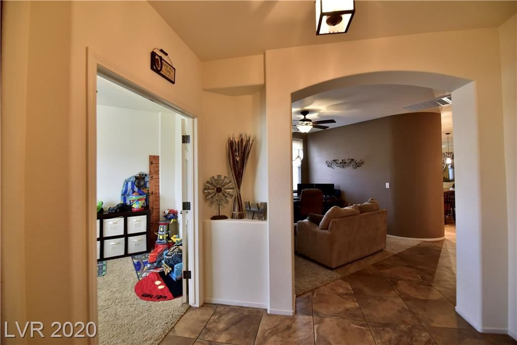 Photo of 1192 Hollow Reed, Henderson, NV 89011 (MLS # 2200917)