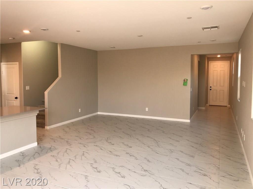 Photo of 3158 Pergusa Drive, Henderson, NV 89044 (MLS # 2204917)