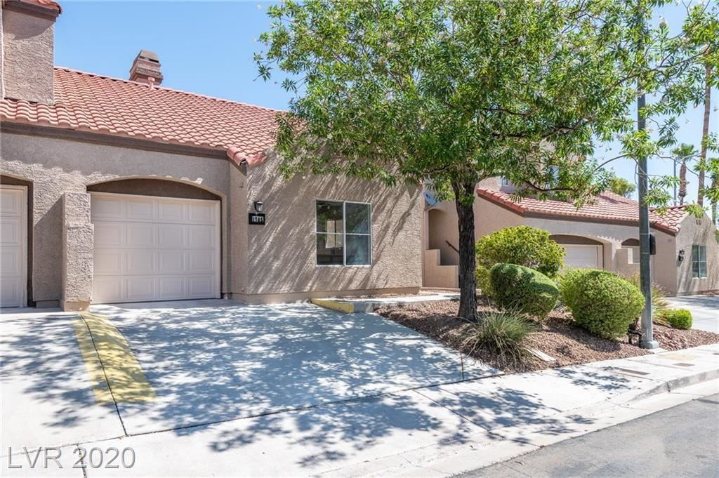 Photo of 1705 Comstock Drive, Henderson, NV 89014 (MLS # 2213917)