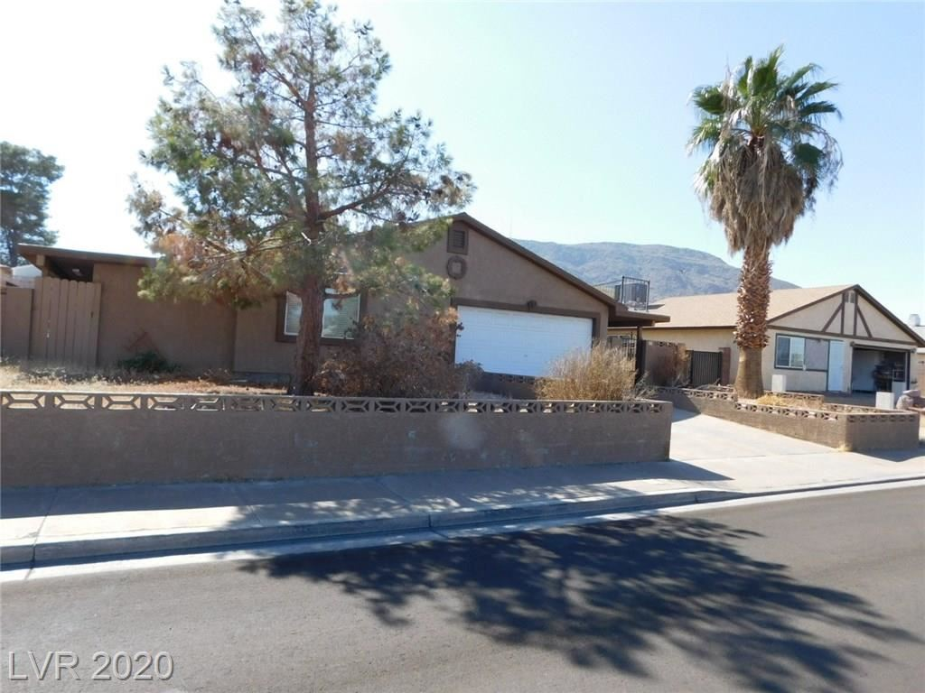 Photo of 325 West Rochell Drive, Henderson, NV 89015 (MLS # 2241923)