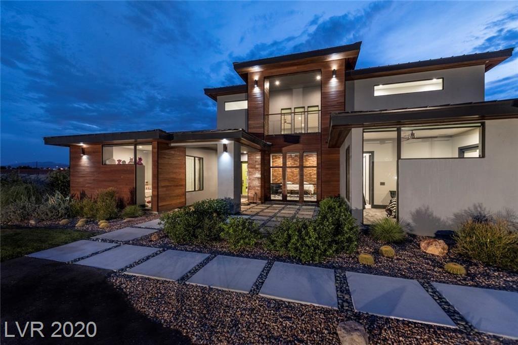 Photo of 6533 Rio Vista, Las Vegas, NV 89131 (MLS # 2186933)