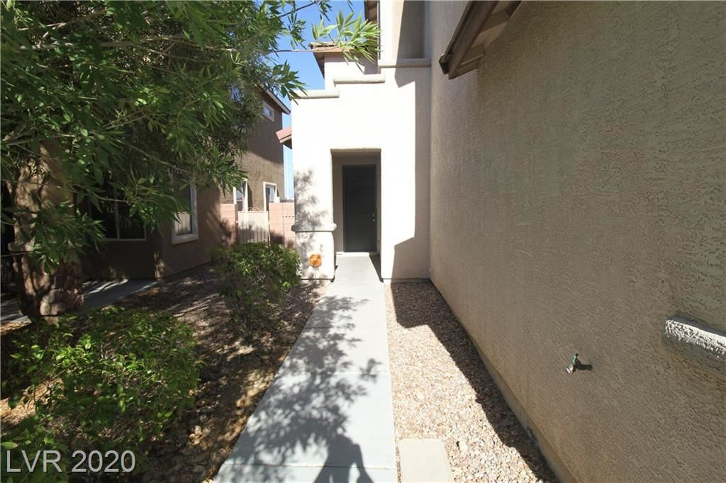 Photo of 6233 GREEN HERON Street, Las Vegas, NV 89115 (MLS # 2218935)