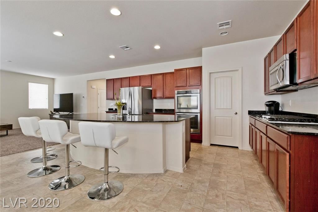 Photo of 5852 Clear Haven, North Las Vegas, NV 89081 (MLS # 2188939)