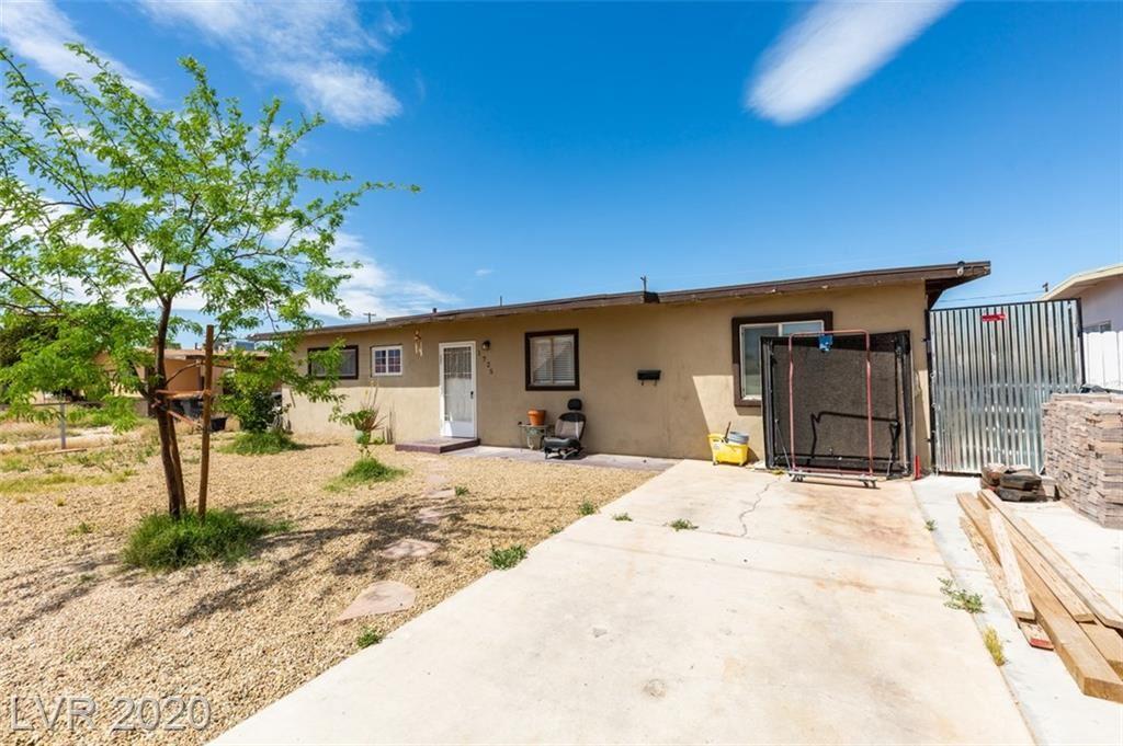 Photo of 1725 Willowbrook, Las Vegas, NV 89106 (MLS # 2196940)