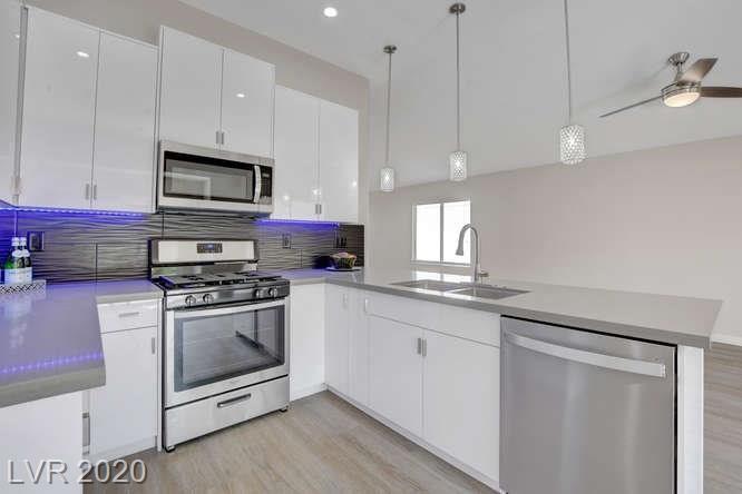 Photo of 1335 Shimmering Glen Avenue, Henderson, NV 89014 (MLS # 2225945)