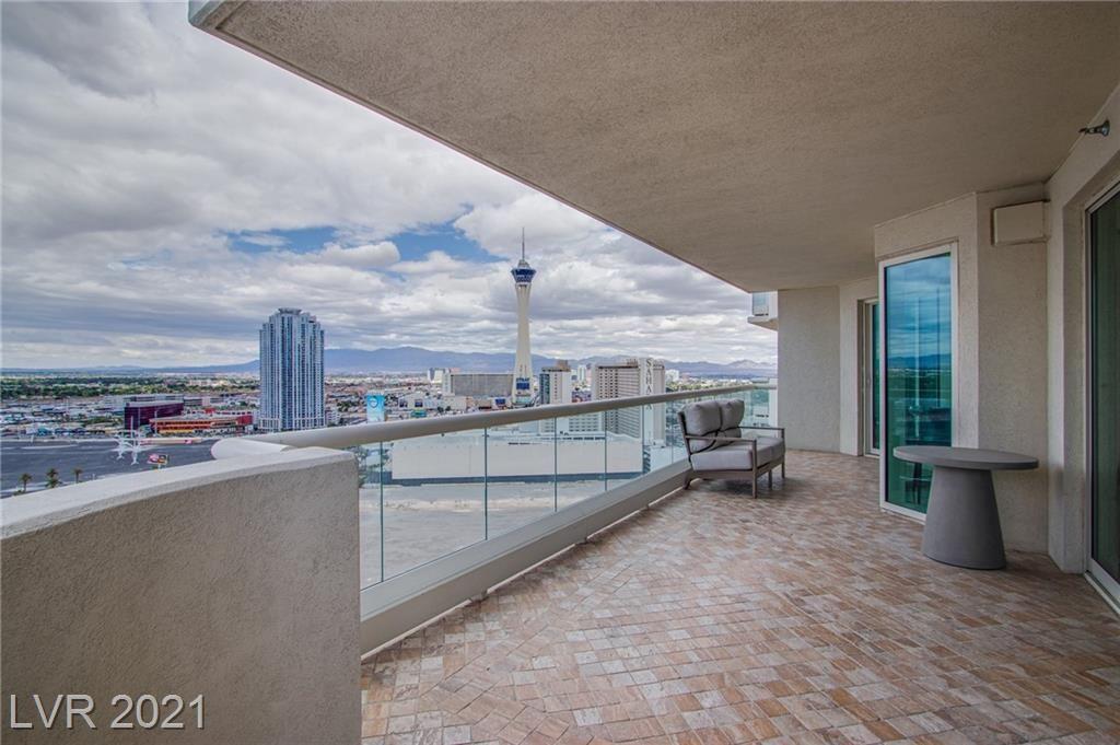 Photo of 2747 Paradise Road #2206, Las Vegas, NV 89109 (MLS # 2289948)