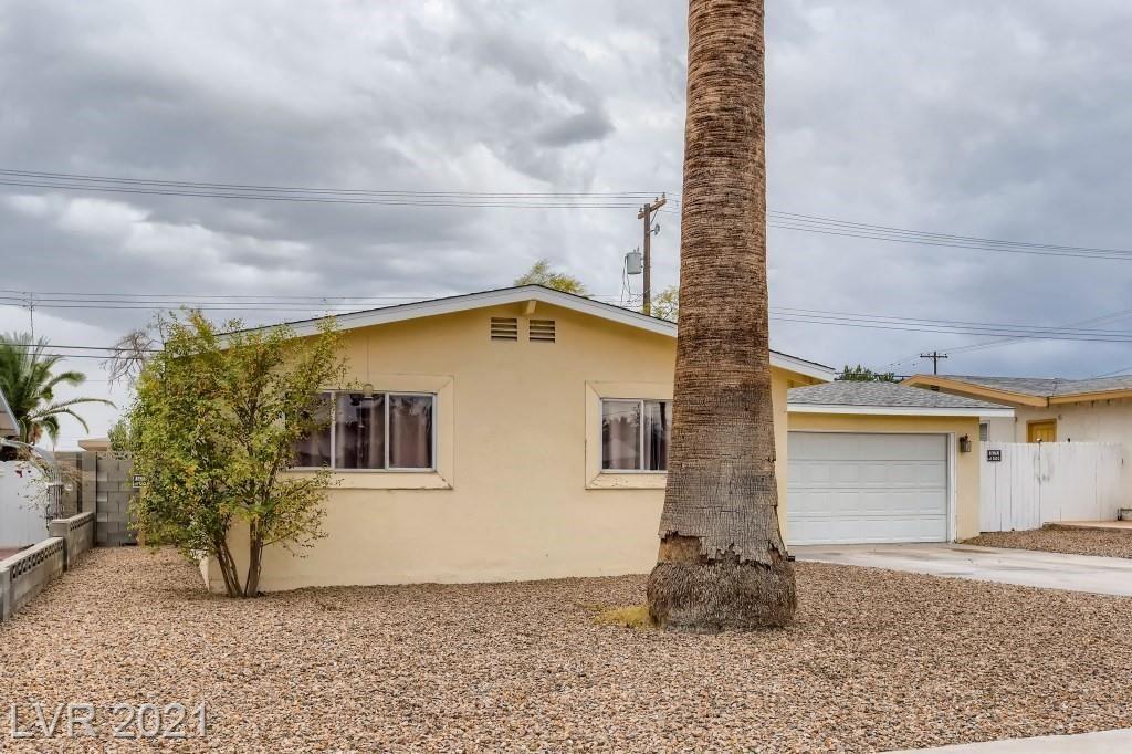 Photo of 5800 Shawnee Avenue, Las Vegas, NV 89107 (MLS # 2344955)