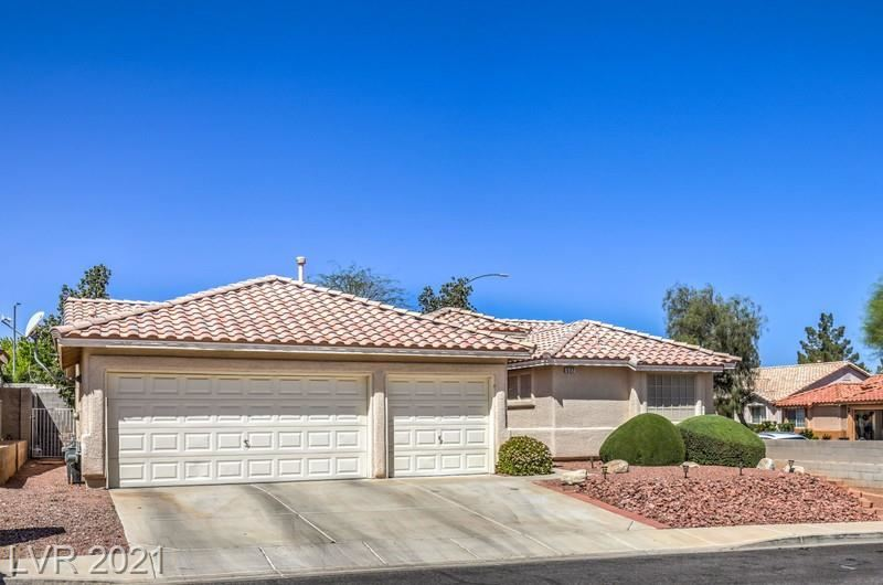 Photo of 527 Don Tomas Court, Henderson, NV 89015 (MLS # 2287957)