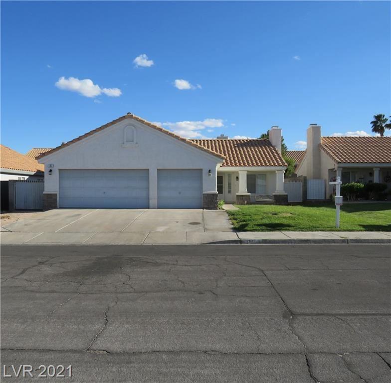 Photo of 132 Grandview Drive, Henderson, NV 89002 (MLS # 2287966)