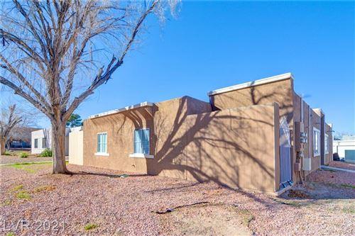 Photo of 6200 Camino De Rosa Drive, Las Vegas, NV 89108 (MLS # 2275972)