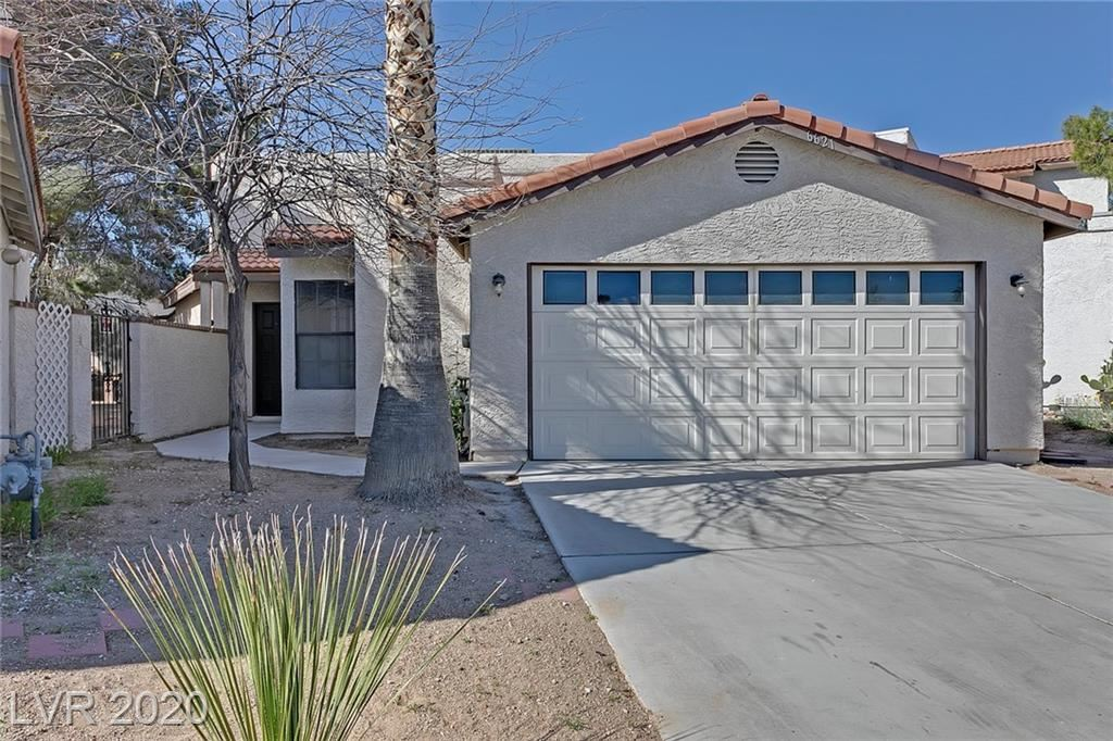 Photo of 6621 Gatehouse, Las Vegas, NV 89108 (MLS # 2205989)