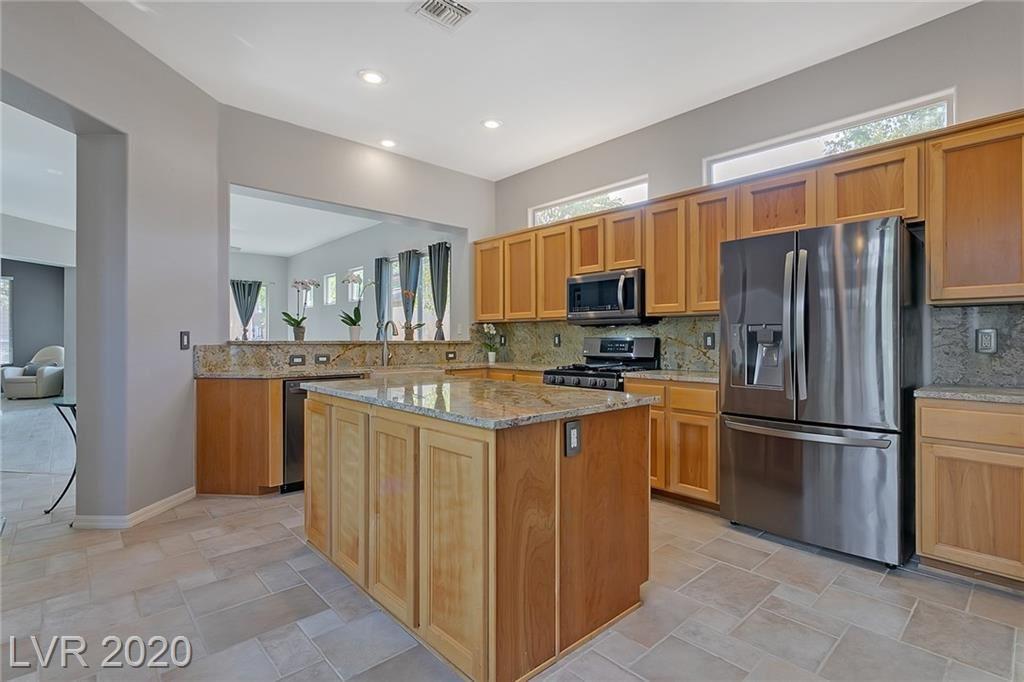 Photo of 11 Fountainhead Circle, Henderson, NV 89052 (MLS # 2225993)