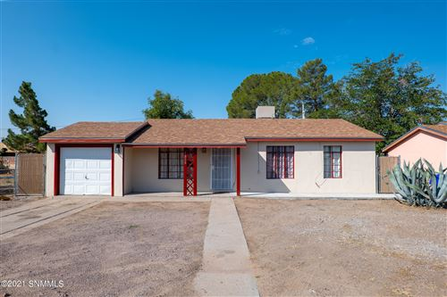 Photo of 1828 S Solano Drive, Las Cruces, NM 88001 (MLS # 2103017)