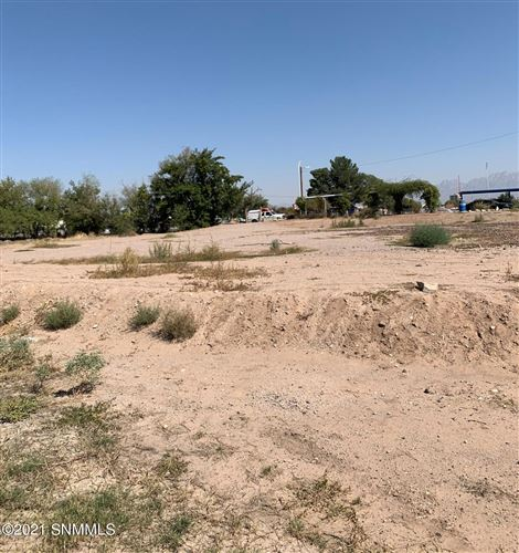 Photo of 427 Roundtree Place Place, Las Cruces, NM 88005 (MLS # 2100123)