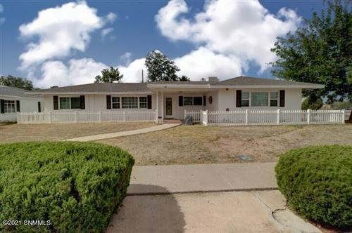 Photo of 595 Melendres, Las Cruces, NM 88005 (MLS # 2103240)