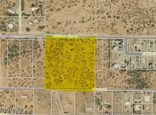 Photo of 5102 Peachtree Hills Road, Las Cruces, NM 88012 (MLS # 2100617)