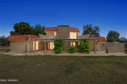 Photo of 2527 Mayfield Lane, Las Cruces, NM 88007 (MLS # 2101635)