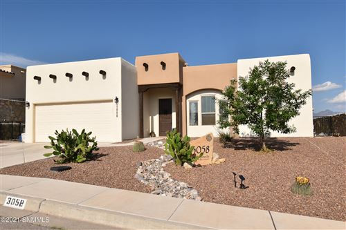 Photo of 3058 Featherstone Drive, Las Cruces, NM 88011 (MLS # 2102848)