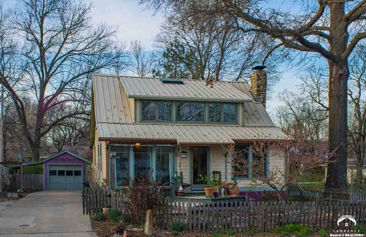 342 Johnson Ave, Lawrence, KS 66044 - MLS#: 151109