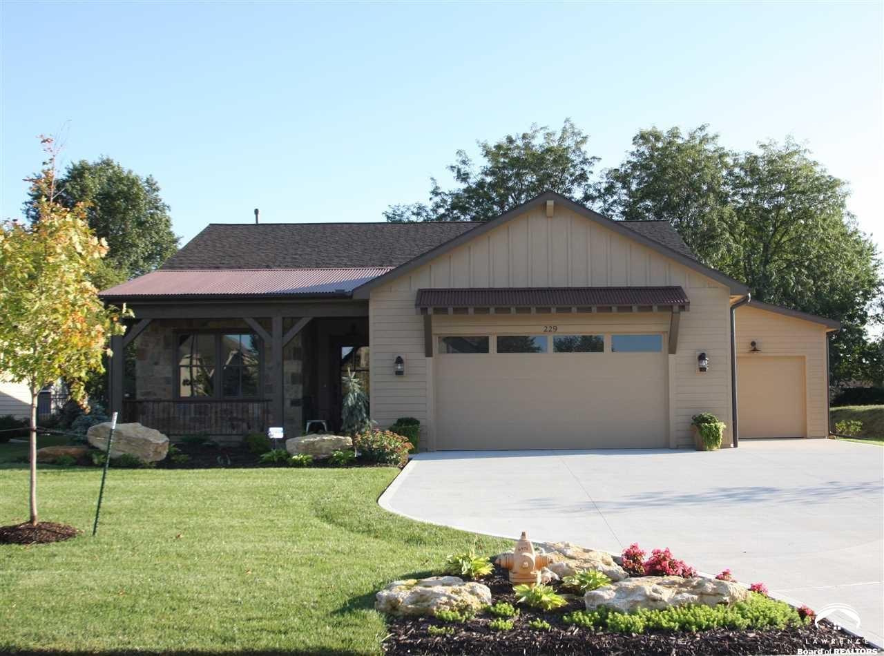 229 Bramble Bend Court, Lawrence, KS 66049-7836 - MLS#: 150774