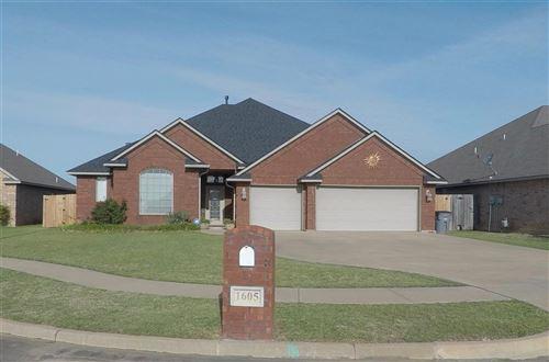 Photo of 1605 SW 70th St, Lawton, OK 73505 (MLS # 155856)