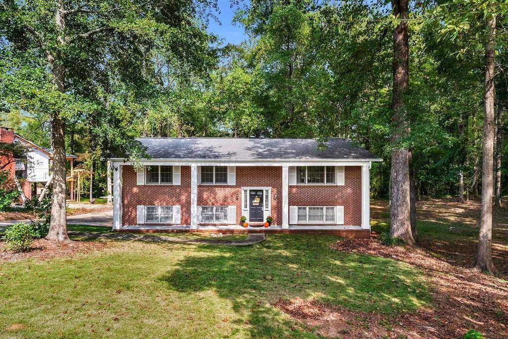 555 FORESTDALE Drive, Auburn, AL 36830 - #: 148004