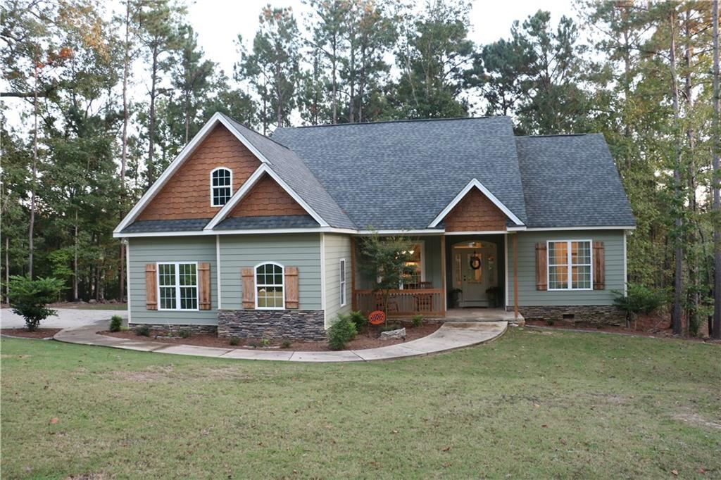 Photo for 156 MOONBROOK Drive, DADEVILLE, AL 36853 (MLS # 148074)