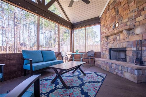 Photo of 979 W RICHLAND Circle, AUBURN, AL 36832 (MLS # 143118)
