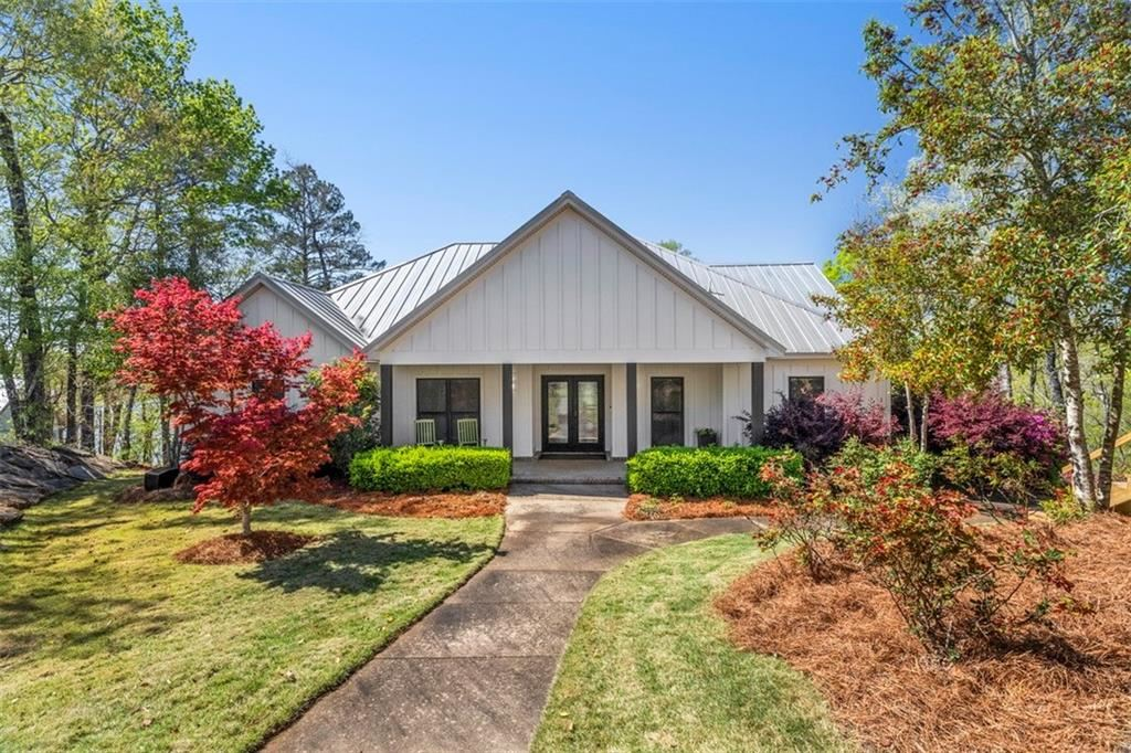 Photo for 320 HIGH POINT Drive, TALLASSEE, AL 36078 (MLS # 151158)