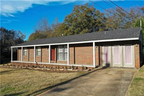 Photo of 206 HIGHLAND Avenue, OPELIKA, AL 36801 (MLS # 143341)