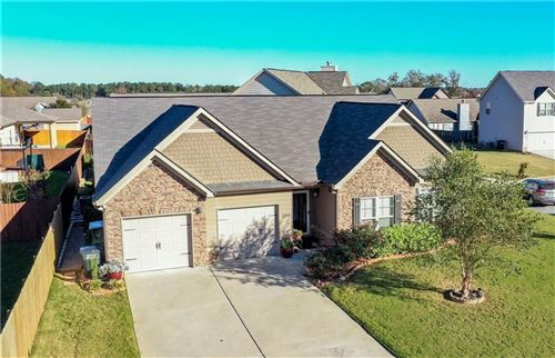 Photo of 2703 TARA Court, OPELIKA, AL 36804 (MLS # 148413)