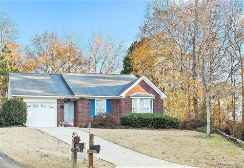 Photo of 2303 ELLENWOOD Drive, OPELIKA, AL 36801 (MLS # 148447)