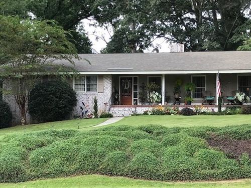 Photo of 643 E SAMFORD Avenue, AUBURN, AL 36380 (MLS # 148482)