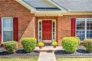 Photo of 1409 SAWYER Drive, OPELIKA, AL 36801 (MLS # 142567)
