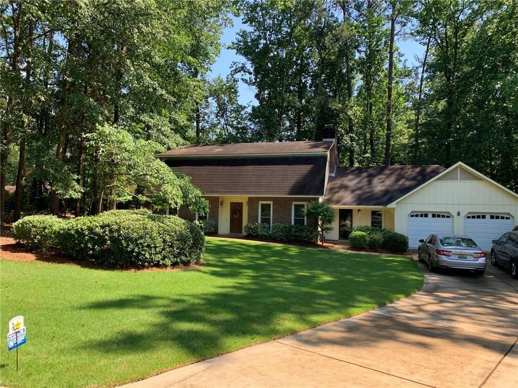 410 DIXIE Drive, Auburn, AL 36802 - #: 147712