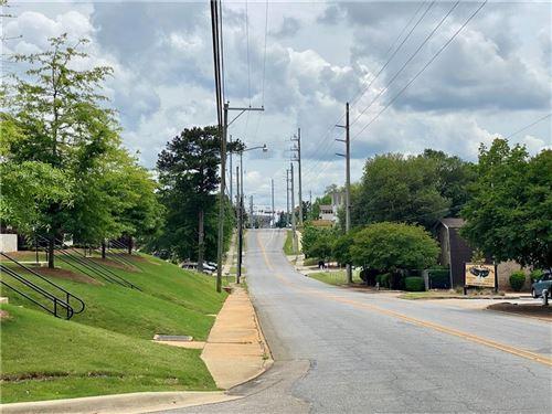 Photo of 426 N DONAHUE Drive #8, AUBURN, AL 36832 (MLS # 151760)