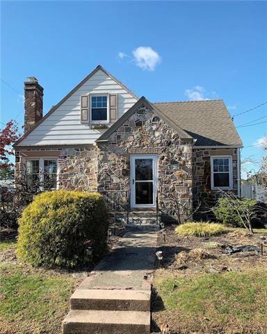 Photo of 703 Keystone Avenue, Bethlehem, PA 18018 (MLS # 629064)