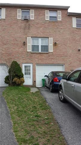 Photo of 2622 Mountain Lane, Allentown, PA 18103 (MLS # 608135)