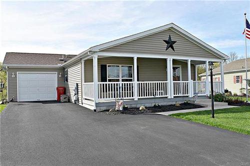 Photo of 8 Cormorant Drive, Washington Township, PA 19505 (MLS # 605238)