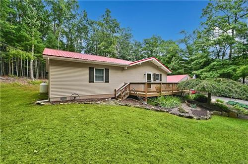 Photo of 156 Majestic Drive, Chestnuthill Township, PA 18353 (MLS # 679246)