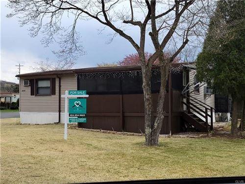 Photo of 113 Sparrow Lane, Smithfield Township, PA 18301 (MLS # 665484)