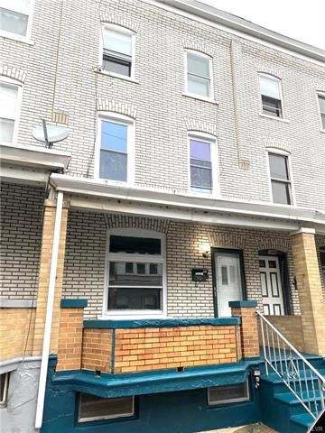 Photo of 389 West Cedar Street, Allentown, PA 18102 (MLS # 635486)