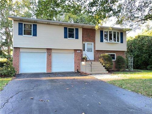 Photo of 1090 Greenleaf Drive, Hanover Township, PA 18017 (MLS # 679532)